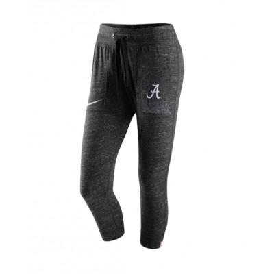 Bama Nike Capri Pants
